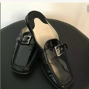 Tod's patent Leather mules